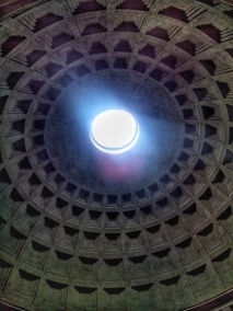 The hole in the ceiling of the Pantheon!